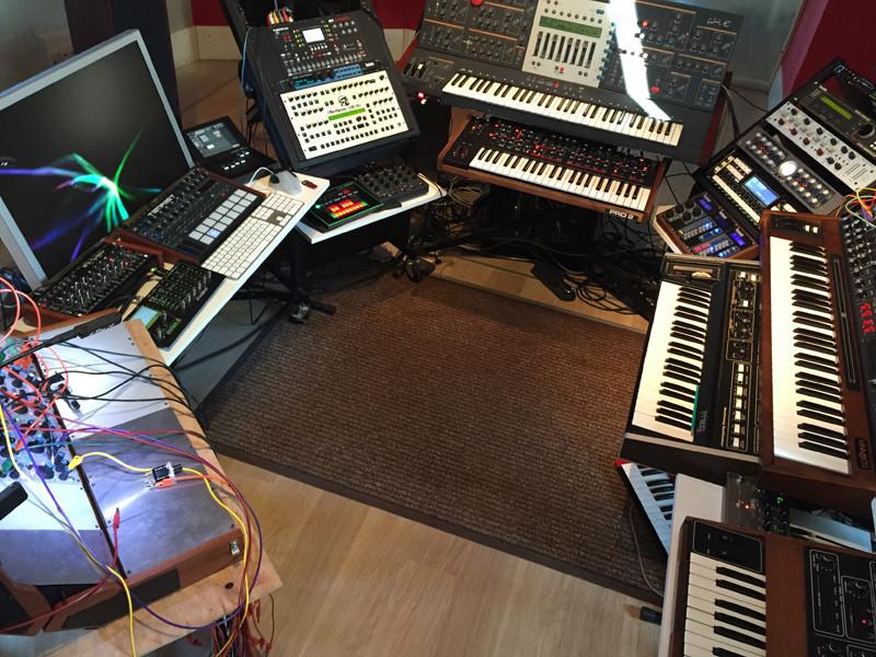 studio-small04.jpg
