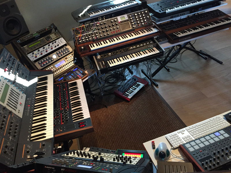studio-small03.jpg