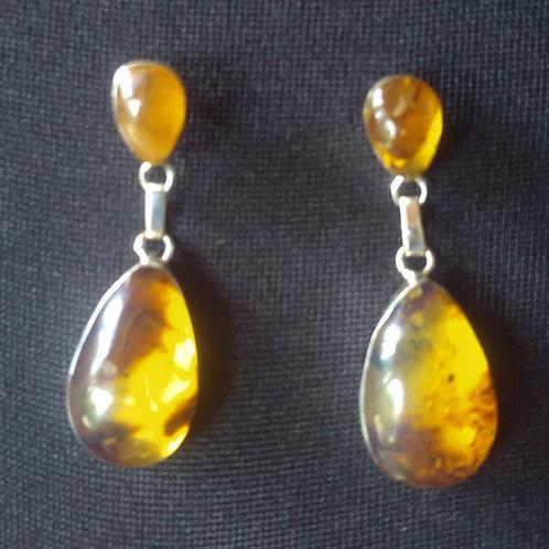 Amber Ear Rings (tear drop)