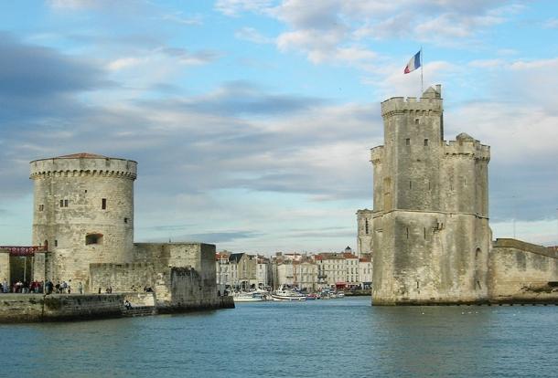 La Rochelle ( à 55 mins )