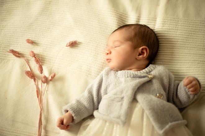 Séance naissance Théa (115).jpg
