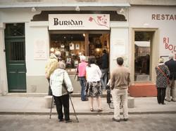 Librairie Buridan devant