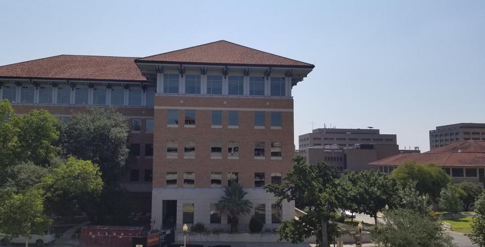 UT Aerospace Building