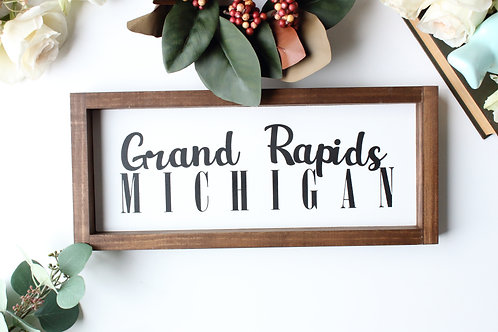 Personalized City and State Sign: Grand Rapids Font