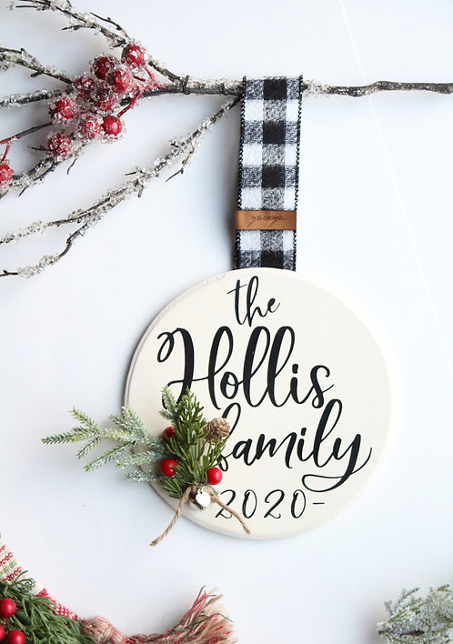 Classic Personalized Christmas Ornament/Mini Sign