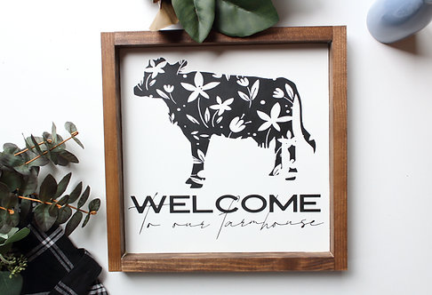 Welcome to our Farmhouse Wildflower Cow
