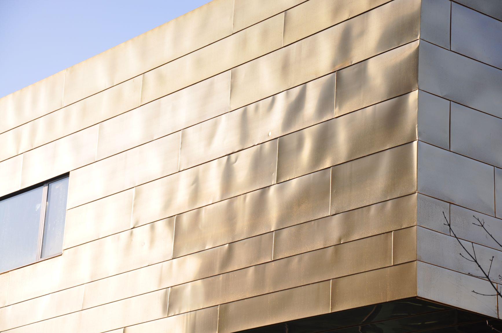 Messing Fassade