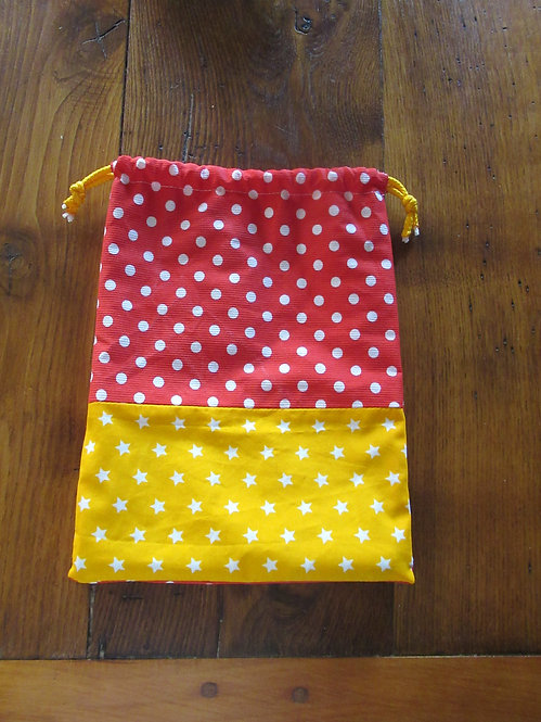 sachet gouter en tissu jaune et rouge