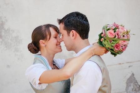 Bayerische Hochzeit | Standesamtliche Trauung in Baierbrunn | Hochzeitsfotografin München