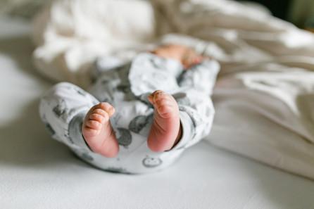 Neugeborenenfotografie in München / Der kleine Franz / Babyfotos München / Homestory