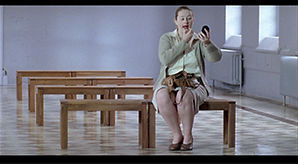 moeder in wachtkamer.jpg