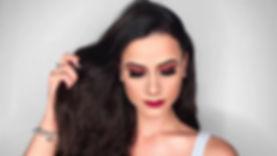 Maquiagem na Web Andreia - Mil tons de m