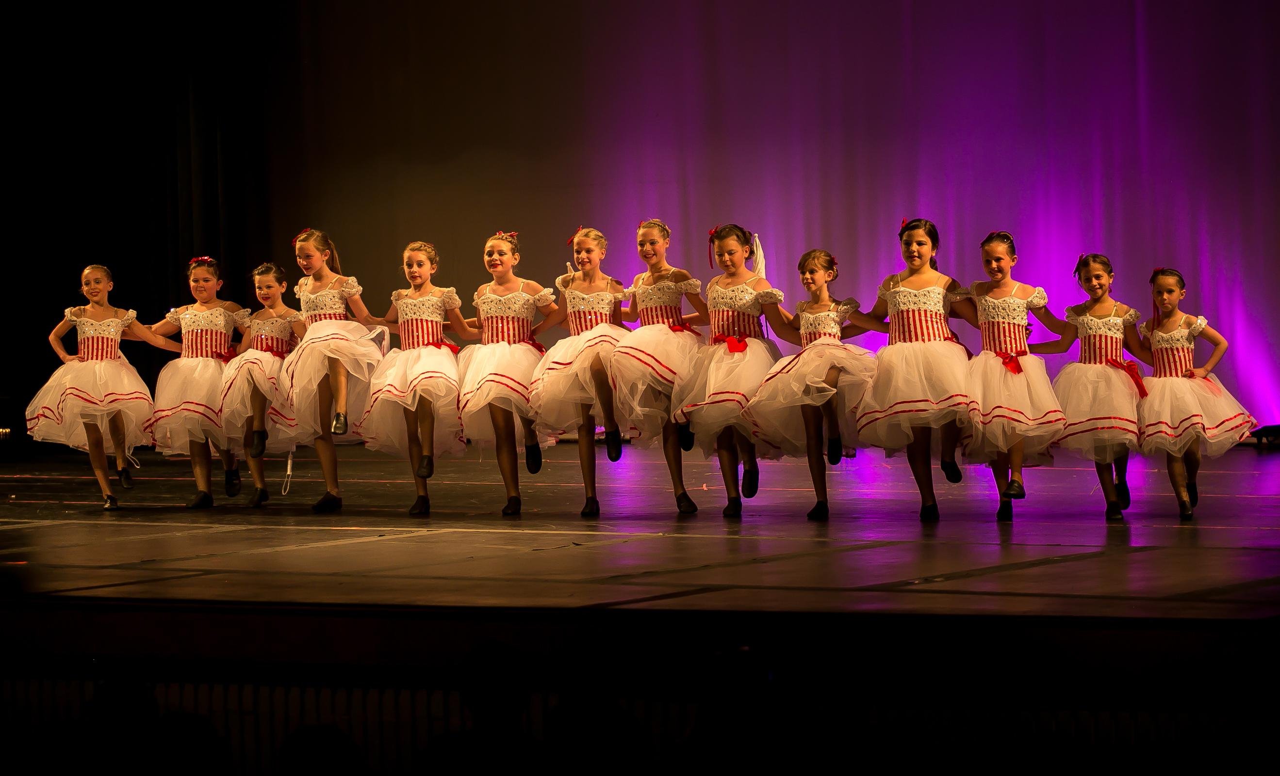 dance photos (can can girls)
