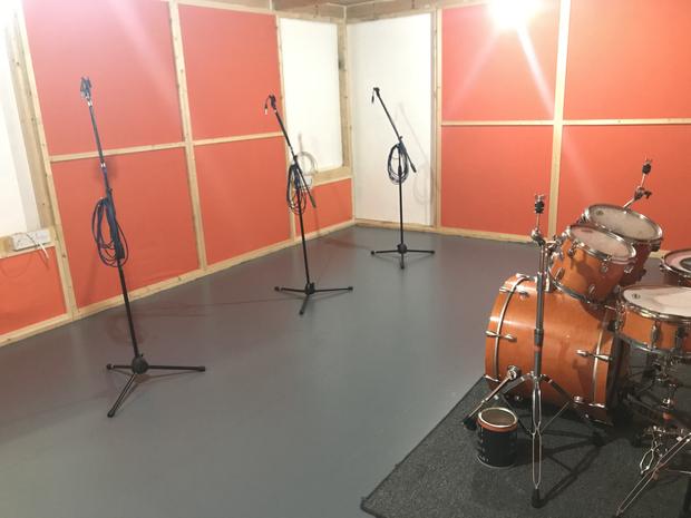 Orange Room C