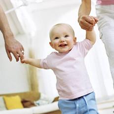 ЗакС Петербурга одобрил повысить выплаты попечителям детей-сирот почти на 20%