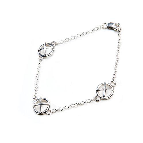 Silver Kiss Hug Bracelet x3 large components
