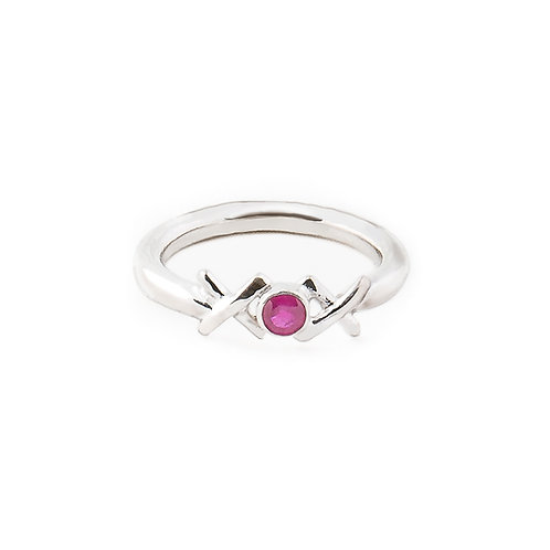 Sterling silver Kiss Hug Kiss ring with ruby