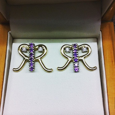 Wedding gift earring commission