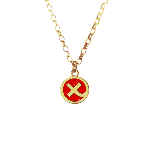 Enamelled red 9ct yellow Kiss in a Hug charm on belcher chain