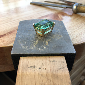 Bespoke setting cast in 9ct yellow gold