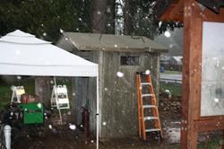 setting the last roof panel
