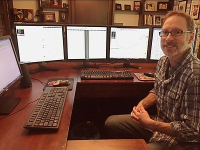 Lee Lowell at his trading desk