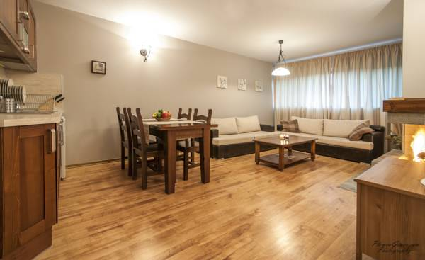 Living/dining 3 bed apartment