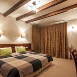 Bedroom deluxe apartment