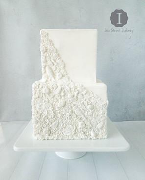 Bas Relief Cake_•_•_•_#weddingcake #basr