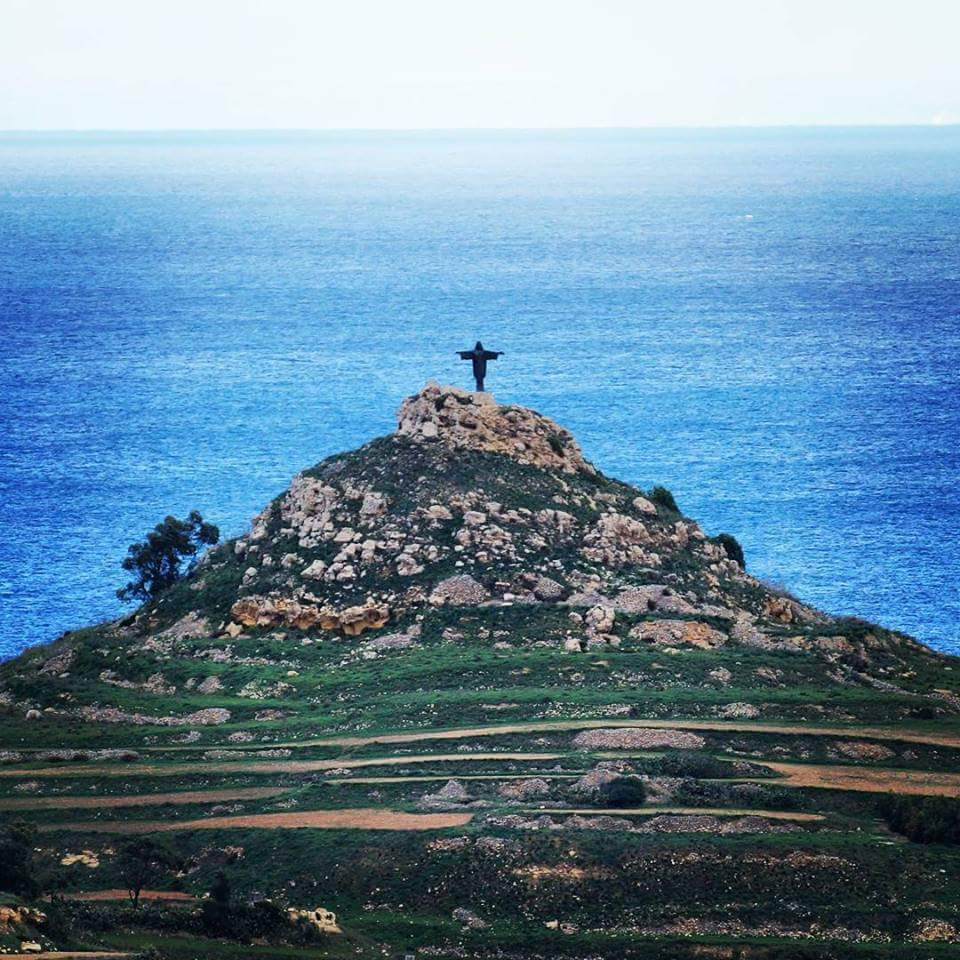 The Cross on the Hill
