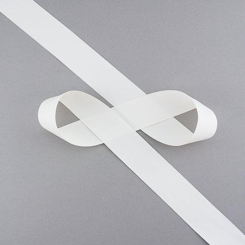 """Satinband matt glänzend in 32 mm Breite, Farbe """"Antique White"""""""
