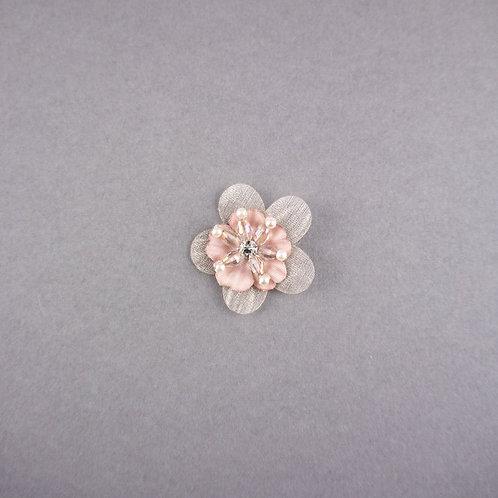 Bestickte Blüte mit Strass & Perlen zum Aufnähen, nude