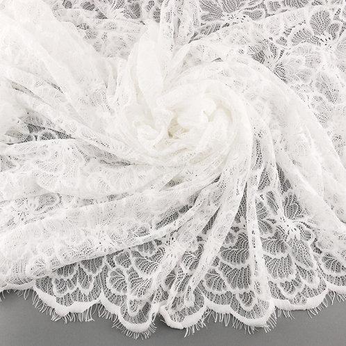 Spitze soft mit Blütenmuster und Bogenkante, Farbe Ivory