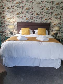 Super king bed