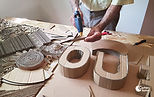 atelier-fresque-oeuvre-collective-carton-recyclage-05.jpg