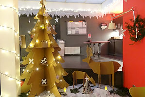 sapin-collectif-cartonlune-01.jpg