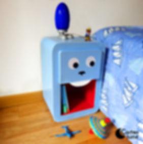 Table de nuit bleu pour enfant lapin
