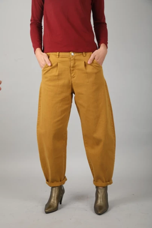 מכנסי שירלי