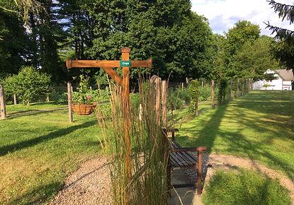 garden and circle.jpg