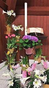 easter altar flowers2.jpg