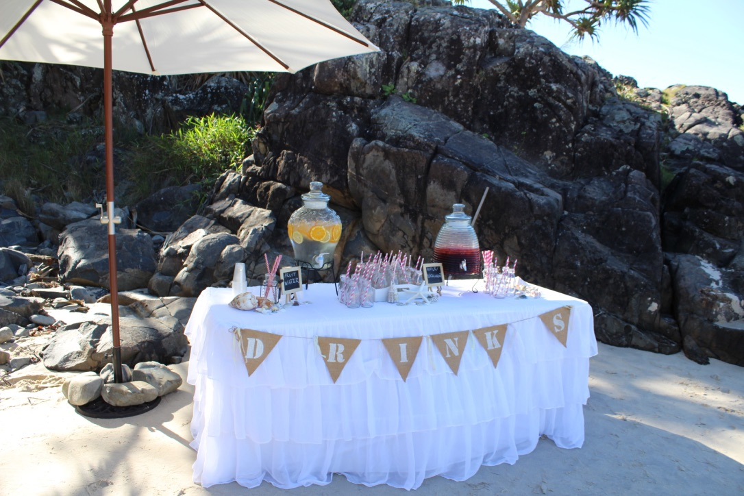 drinks_table_beach_wedding.jpg