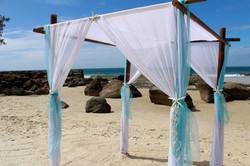 bamboo_wedding_arbor_starfish_aqua_blue.jpg