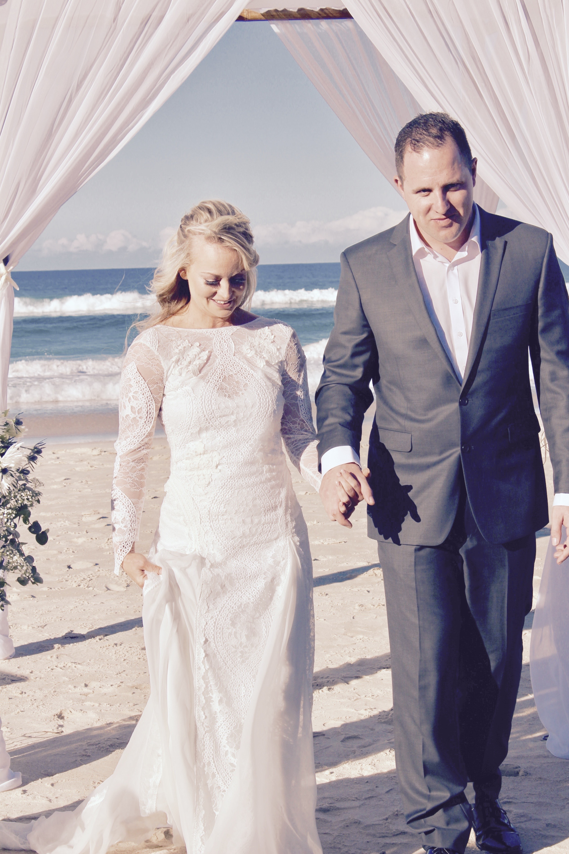 currumbin_beach_wedding_ceremony_hire.JPG