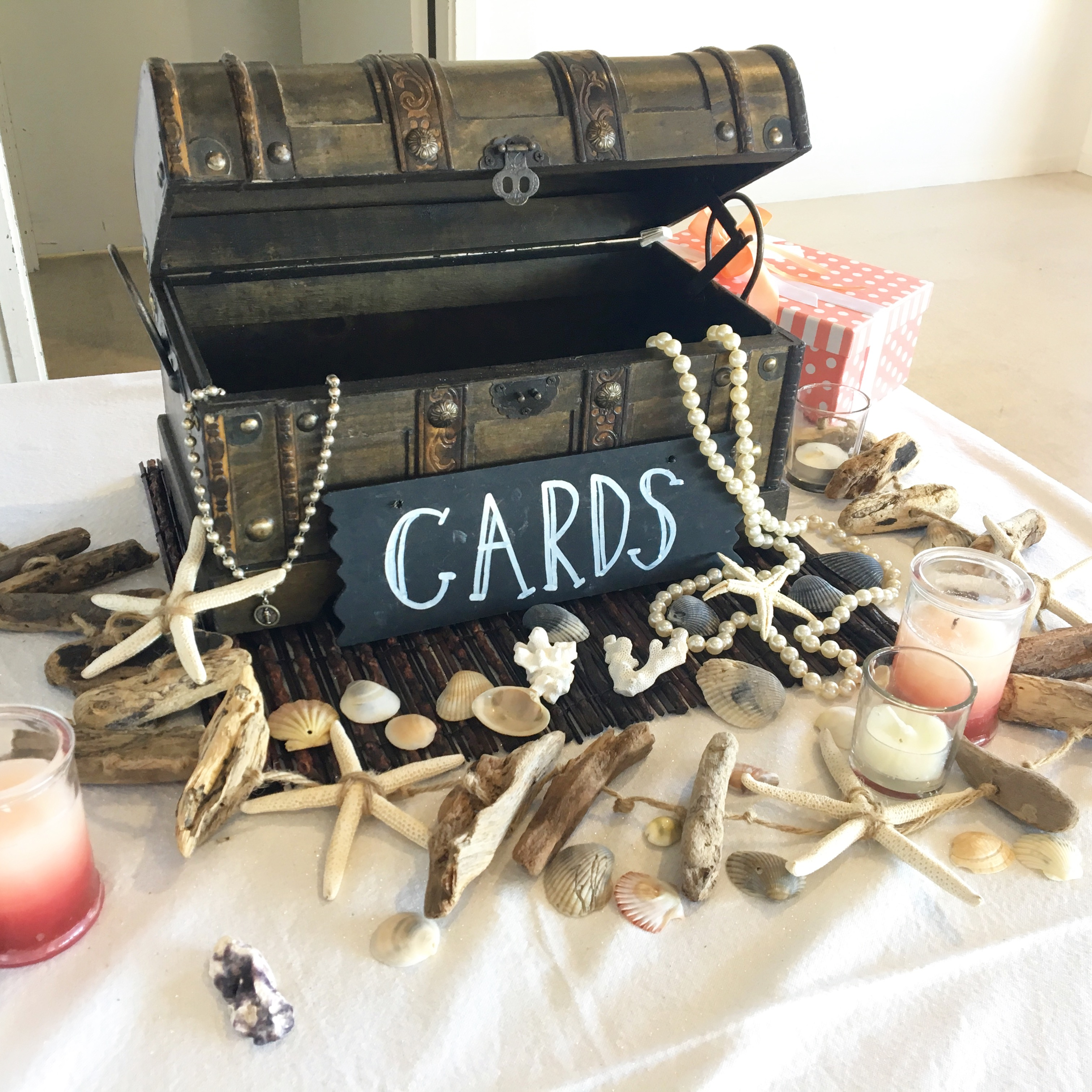 wishing_well_wedding_treasure_chest_beach_theme.JPG