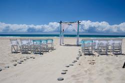 beach_wedding_aqua_blue_gold_coast.jpg
