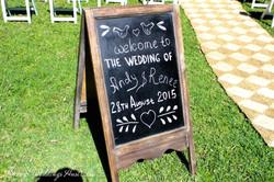 calkboard_wedding_sign_hire.jpg