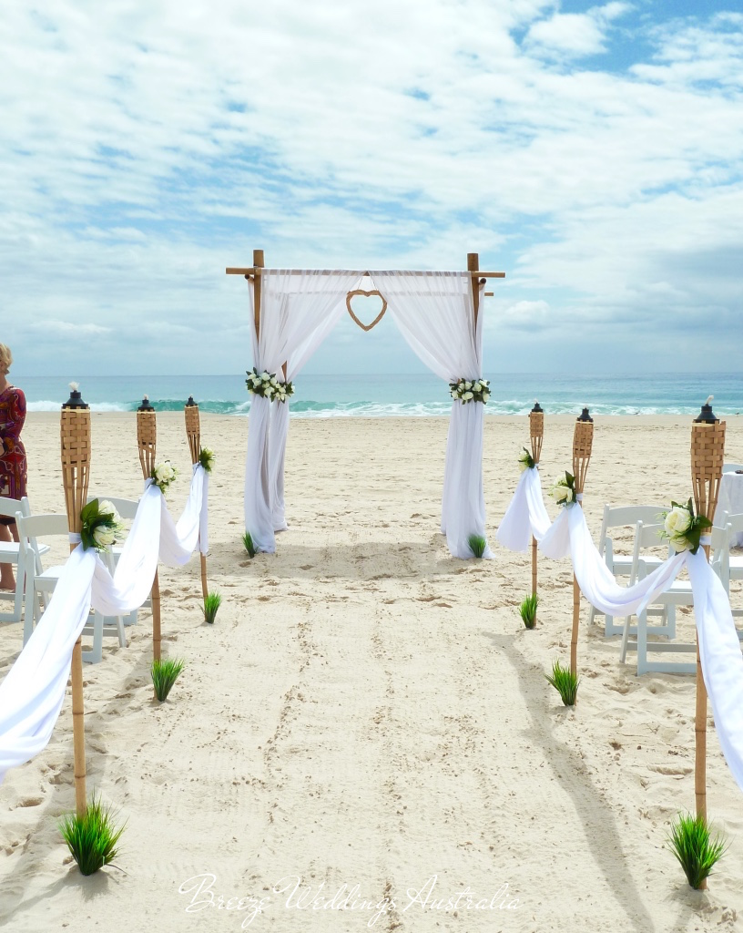 breeze_weddings_ceremony_beach.jpg