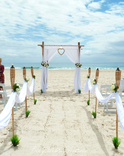 breeze_weddings_ceremony_beach.jpg