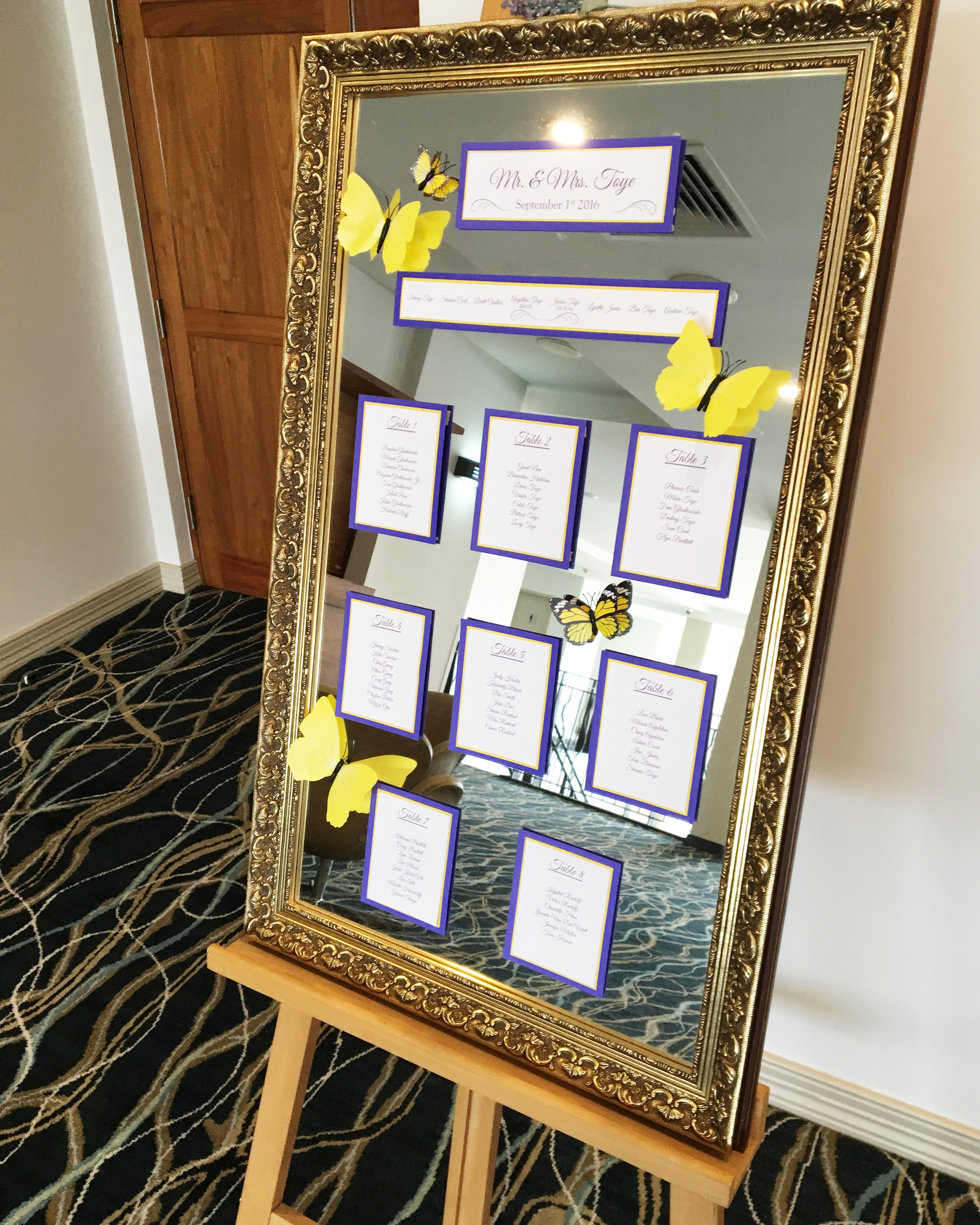 wedding_seating_plan_golden_mirror.JPG