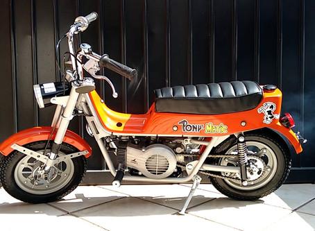 Una cámara grabó cómo un hombre robó una moto de juguete en un comercio de Hidalgo